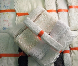 Broderie Anglaise Bundles, 50 hanks