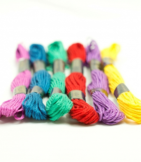 Embroidery Skeins, 24 Skeins (A)