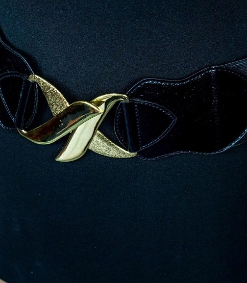 Large Elasticated Waist Belt w Gold Clasp
