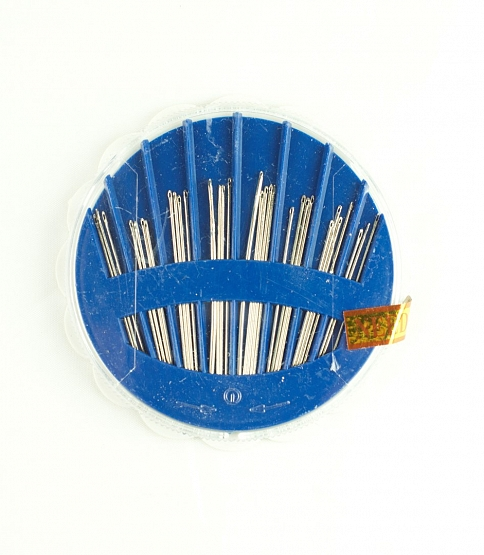 Assorted Needles, 25 Compacts