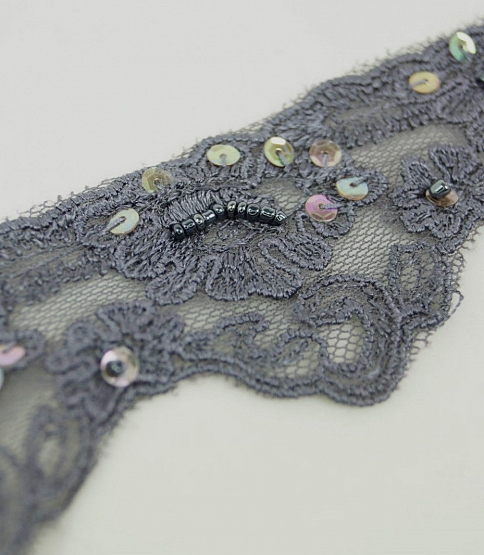 Violet Scalloped Embroidery Trim, 13m